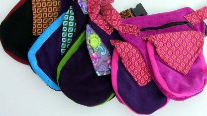 Kleurige kinderheuptassen