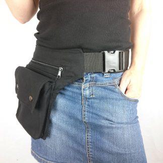 Zwarte heuptas met klikgesp
